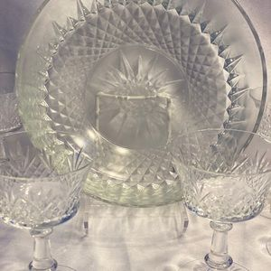 Punch bowl with 6 cups